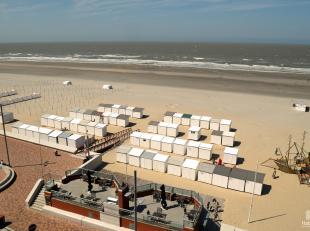 Wij bieden u een betaalbaar appartement te huur aan op de zeedijk en dit op een 5e verdieping. Dit zeer net onderhouden en gemeubeld appartement biedt