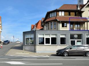 Appartement très confortable et non meublé, situé à peine 20m de la digue de De Haan.<br /> Composition: Hall, living avec