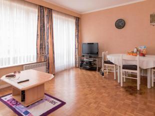 Zeer aangename studio in het centrum van Middelkerke op de eerste verdieping!<br /> Gezellige woonkamer met eethoek, aparte keuken met nodige comfort,