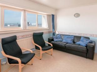 Het appartement is gelegen op de benedenverdieping maar biedt zeer veel licht en ruimte.<br /> Gezellige woonkamer met zit en eethoek. Aparte keuken m