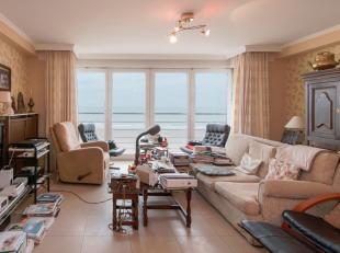 Mooi en ruim appartement op de Zeedijk van Middelkerke met 2 slaapkamers.<br /> Grote woonkamer met fantastisch zicht op zee, aparte keuken met alle n