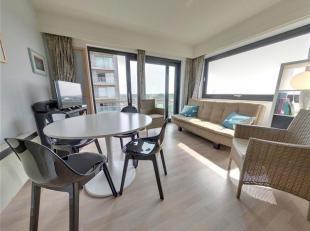 Ruim appartement hoekappartement met één slaapkamer met schuinzeezicht en panoramisch zicht op het hinterland.<br /> Appartement bestaan