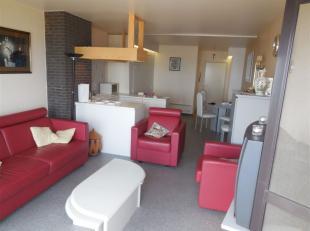 Gemeubelde studio met slaap hoek gelegen op de Zeedijk van Middelkerke. <br /> De studio bestaat uit een woonkamer met open, ingerichte keuken, badkam