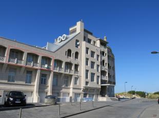 """Lichtrijk appartement gelegen op de 1e verdieping van de klassevolle residentie Belle Vue (""""de rotonde""""), een geklasseerd monument in eclectische stij"""