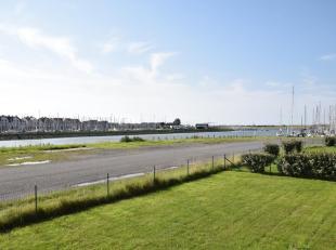 Het appartement is gelegen in het havengebied van Nieuwpoort, op 5 minuten rijden van het centrum. Het appartement bestaat uit een slaapkamer / slaaph
