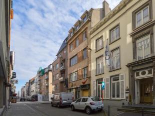 Commercieel goed gelegen projectgrond op 155 m² in het  centrum van Oostende. Mogelijkheid tot appartementen, horeca, kantoor en kleinhandel. Op