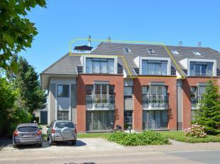 Instapklaar appartement in hartje Oudenburg met prachtige vergezichten vanop het ruime zongericht terras!  Ingericht op de tweede verdieping met livin