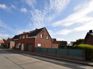 OPEN HUIS ZATERDAG 19/10 VAN 14U TOT 16U: Steenbeekstraat 26 - Houthulst.. Deze woning omvat een ruime inkom, gezellige living met open haard, uitgeru