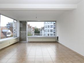 Te koop euro 129 000 Appartement Kortrijk J. B De Jonghestraat 1 1 3 100 m2 379 kWh/m2 870 891 Bijzonder lichtrijk appartement op enkele stappen van d
