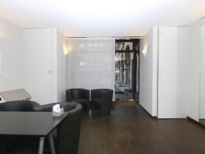 Te koop euro 137 500 KantoorruimteHandelsruimte Kortrijk Overbekeplein 8 70 m2 euro 2 702 Winkelpand op het Overbekeplein. Dit gezellige plein wordt v