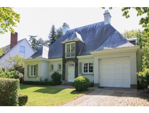 Villa te koop in Kortrijk, € 515.000
