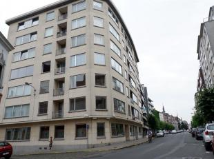 Autostandplaats gelegen in het hartje van het centrum van Kortrijk<br /> Diepe parkeerplaats in de ondergrondse verdieping van de residentie Fabiola.<