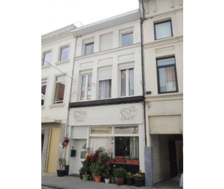 Woning te koop in Kortrijk, € 360.000