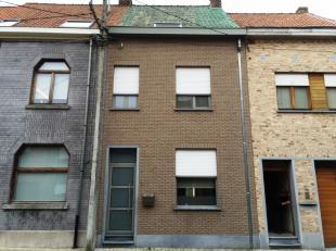 Centraal en rustig gelegen JUWEELTJE van een gezinswoning te Stasegem : inkom, leefruimte, keuken, terras en tuintje, badkamer, 2 slaapkamers, super a