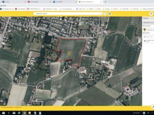 Mooi gelegen landbouwgrond - bestaande uit 9 aanpalende kadastrale percelen met een totaal oppervlakte van29.701 m² volgens kadaster (10,942 euro