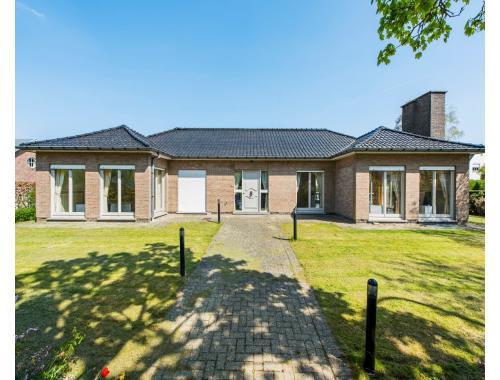 Villa te koop in Kortrijk, € 395.000