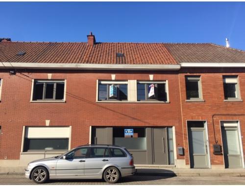 Maison unifamiliale à vendre à Waarmaarde, € 178.000