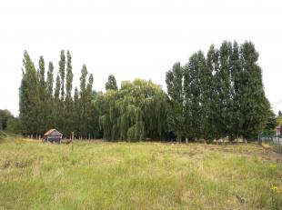 Ce terrain est situé dans la Keizersstraat à Harelbeke (Stasegem). Très stratégiquement situé entre Zwevegem, Court