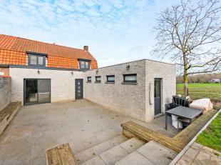 Bent u op zoek naar een instapklare woning in het landelijke Aalbeke?Wij bieden u een instapklare woning aan met prachtige verzichten.Sta me toe jou m