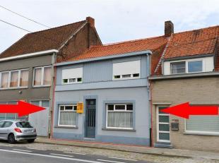 Woning met 4 slaapkamers, te renoveren, gelegen langs een belangrijke invalsweg te Wevelgem. Indeling gelijkvloers: living, eetplaats, keuken, droge k
