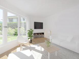 Deze woning te Wevelgem biedt een tweedelige living (mogelijkheid om een handelszaak in uit te baten), een ruime keuken, vernieuwde badkamer met bad,
