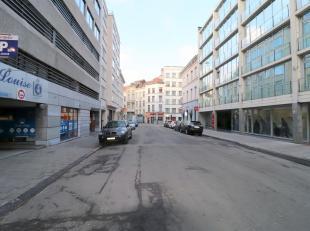 SAINT-GILLES, rue de Livourne à proximité de l'Avenue Louise dans un quartier mixte (résidentiel, bureau, commerces, hotels...) a