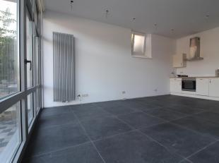 JAMBES - Cet appartement (1ch/1sdb) entièrement remis à neuf est à quelques minutes du centre de Jambes. Il est compos&eacu