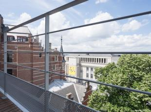 Brussels, located between the Royal Palace and the Sablon, in a listed building from 1896 in the heart of Brussels Architecture, this 115 sqm APARTMEN