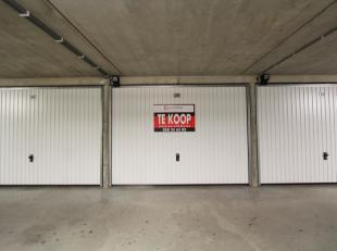 Deze garagebox biedt een oplossing voor al uw parkeerproblemen! Vlot inrijdbaar, proper én goed verlicht complex, centrale ligging,... Verkoop