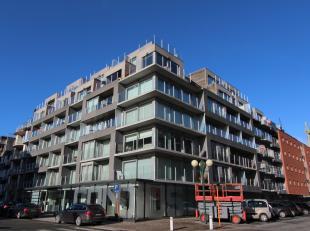 Uitermate knap en modern 1 slaapkamer appartement in het hartje Nieuwpoort-Bad.<br /> Zowel een balkon vooraan als achteraan met een rainte leefruimte