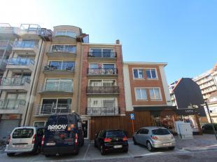Appartement met 2 slaapkamers, gelegen op de 2de verdieping van de Res. Torre del Mar. Zijdelings zeezicht. Het appartement ligt in een zijstraat van