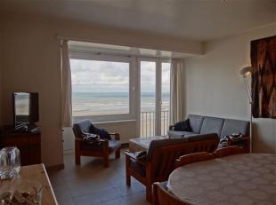 Res. Santa Cruz 0601 - Appartement met 4 slaapkamers gelegen op de 4de verdieping op de autovrije zeedijk van Nieuwpoort bad<br /> Inkomhal met apart
