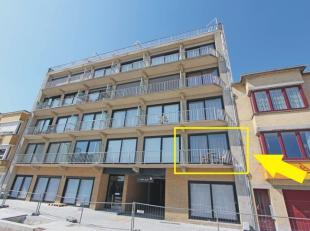 Zeearend 0101 - Zongericht appartement centraal gelegen vlakbij de winkelstraat en de zeedijk. Indeling: inkomhal met badkamer (ligbad, lavabo, toilet