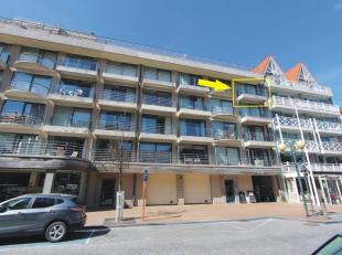 Casino 162 0401 - Zongericht appartement op de 4e verdieping in het hartje van de winkelstraat, vlakbij de Zeedijk en het strand. Indeling: inkomhal m