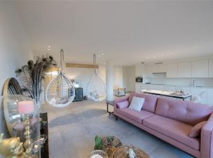 Prachtig appartement te koop in Nieuwpoort Bad in Residentie Apollo. <br /> Subliem, volledig afgewerkt appartement:<br /> - inkomhal met apart toilet