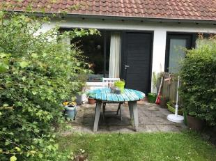 Gezellige en rustig gelegen woning te huur in Nieuwpoort - bad.<br /> Deze woning is gelegen op 750 meter van de zeedijk.<br /> Woning is als volgt in