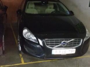 PARKING TE KOOP TE DE PANNE : Parking met kelder in de residentie Hoogheduyn.