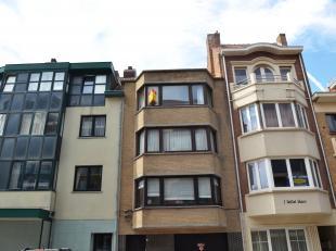 Appartement avec 1 chambre au 3 ième étage à 50m de la plage. <br /> <br /> L'appartement comprend une entrée avec toilett