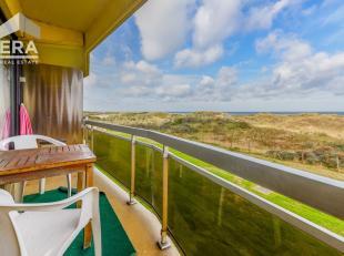 Prachtig gelegen één slaapkamer appartement met frontaal zeezicht !Indeling: inkomhall, half open keuken, ruime living, terras met front