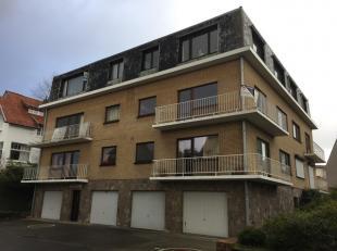 Appartement meublé moderne et confortable dans un immeuble sans ascenseur, situé dans un quartier calme et à 2 pas du centre de C