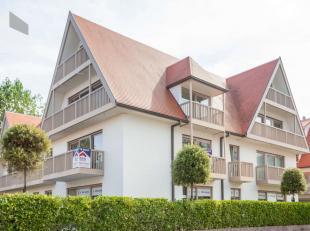 Nieuwpoort : prachtig 2slpk appartement, luxe afwerkingIndeling: inkom, wc, zeer ruime living met ingerichte keuken, twee slaapkamers en twee terrasse
