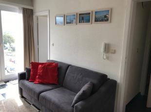 Nieuwpoort: appartement 1 slaapkamer 300m van zeeIndeling: Inkomhal, leefruimte met half open keuken, badkamer met toilet, douche en lavabo, slaapkame
