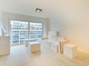 Stijlvol afgewerkt nieuwbouwappartement met één slaapkamer met zeer sterke thermische en akoestische eigenschappen, gelegen in het centr