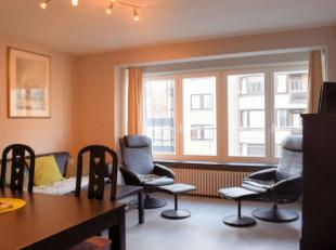 Dit aangenaam en verzorgd appartement bevindt zich op 20m van de zeedijk van Koksijde. Zijn westelijke oriëntatie zorgt voor veel lichtinval in d