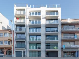 Knap ingericht en gemeubeld appartement op 100 meter van de Zeedijk te Oostduinkerke. Prachtige parket vloeren, goed ingerichte keuken, mooie badkamer
