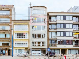 Een betaalbare realiteit: ruim appartement in het centrum van Koksijde. Twee slaapkamers waarvan één toegang heeft tot terrasje. Grote e