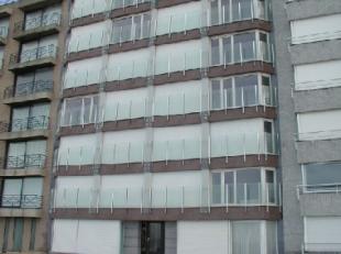 Volledig gemoderniseerde appartement met 1 blinde kamer , heel comfortabel , gezellig en heel verzorgd. Volledig bemeubeld.Gevel recentelijk vernieuwd