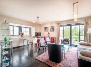 Fris en modern 2 kamer appartement in centrum Koksijde.Het appartement bestaat uit inkomhal met vestiaire, leefruimte met uitgeruste keuken en balkon,