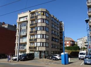 KOKSIJDE-BAD, Residentie Zonnester, ruim appartement gelegen op wandelafstand van het strand.Appartement gelegen op de vijfde verdieping, bestaande ui