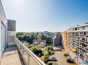 Koksijde-bad, residentie Zandroos II, zeer zonnig en piekfijn appartement met private parking, gelegen nabij de fontein en het winkelcentrum, 6de verd